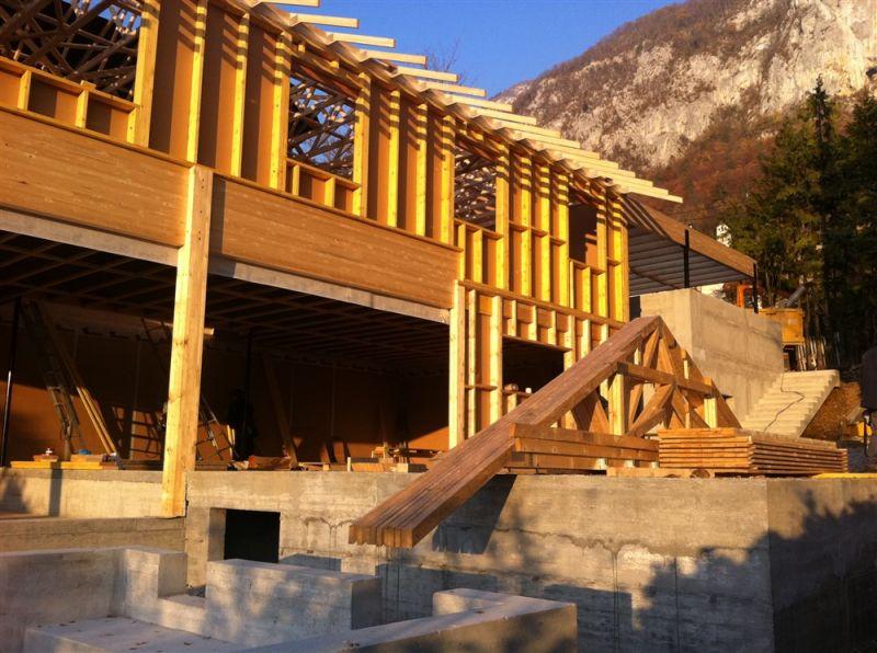 Construction d'une villa contemporaine en bordure du lac d ...