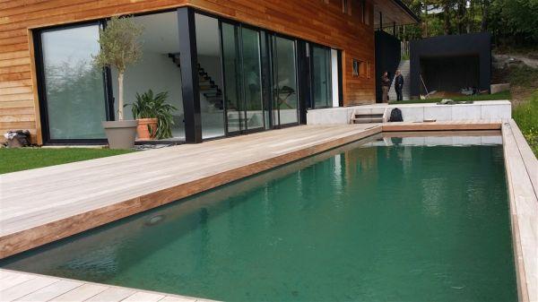construction d 39 une villa contemporaine en bordure du lac d 39 annecy arve charpente. Black Bedroom Furniture Sets. Home Design Ideas